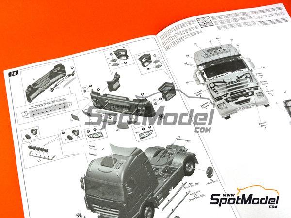 Image 13: Iveco Stralis 450 | Maqueta de camión en escala1/24 fabricado por Italeri (ref.3898)