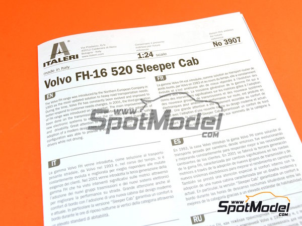 Image 19: Volvo FH16 520 Sleeper cab | Model truck kit in 1/24 scale manufactured by Italeri (ref.3907)