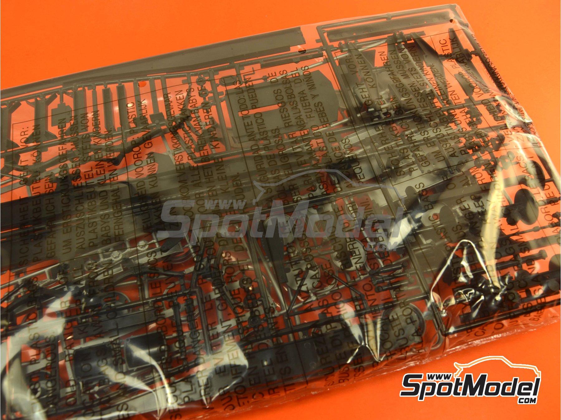 Image 7: Trailer clásico con lona | Maqueta de remolque en escala1/24 fabricado por Italeri (ref.3908)