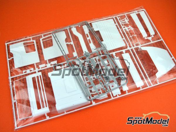 Image 2: DAF 95 Canvas | Maqueta de camión en escala1/24 fabricado por Italeri (ref.3914)