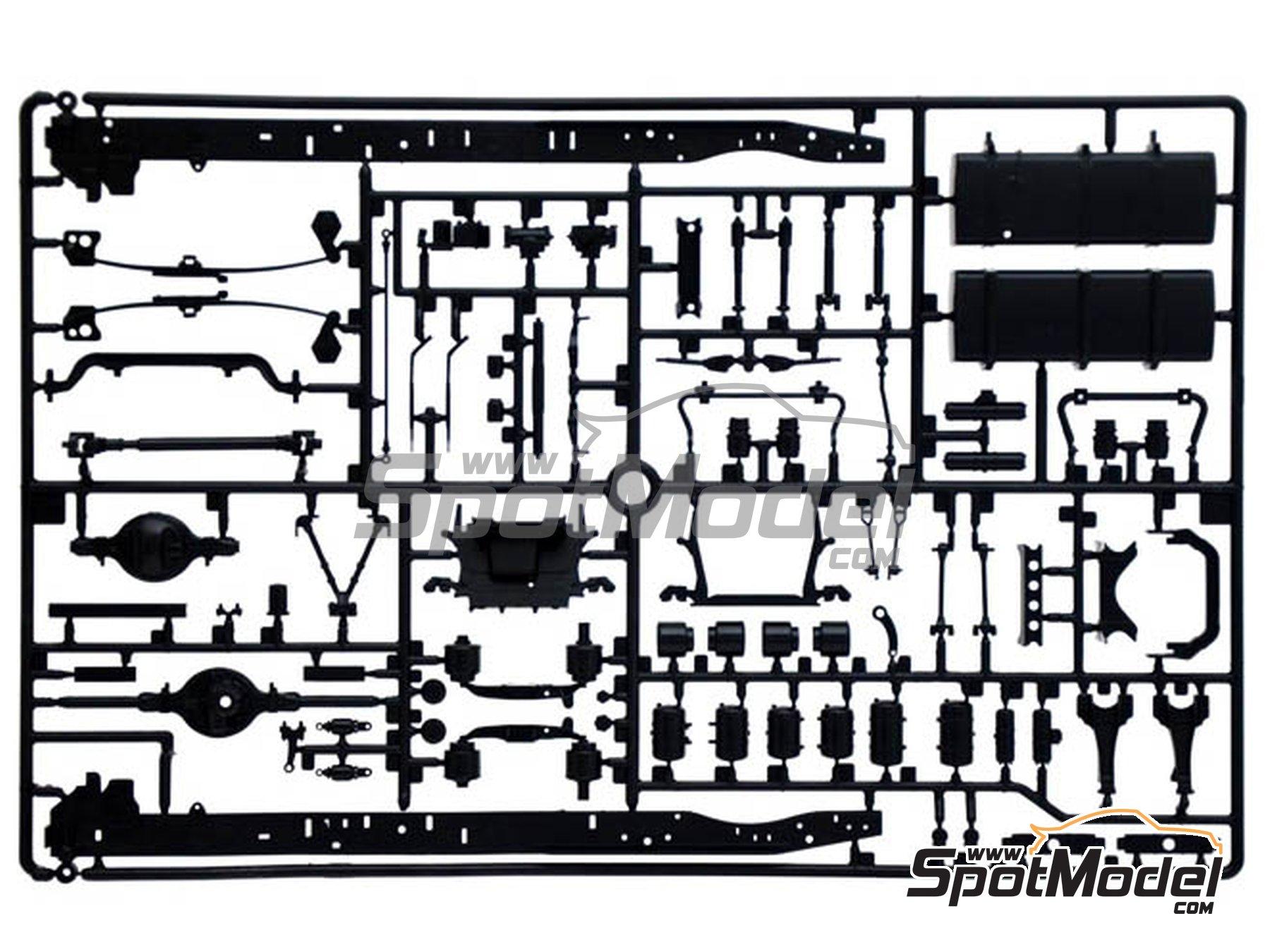 Image 7: Iveco Stralis 560 Hi-Way | Maqueta de camión en escala1/24 fabricado por Italeri (ref.3919)