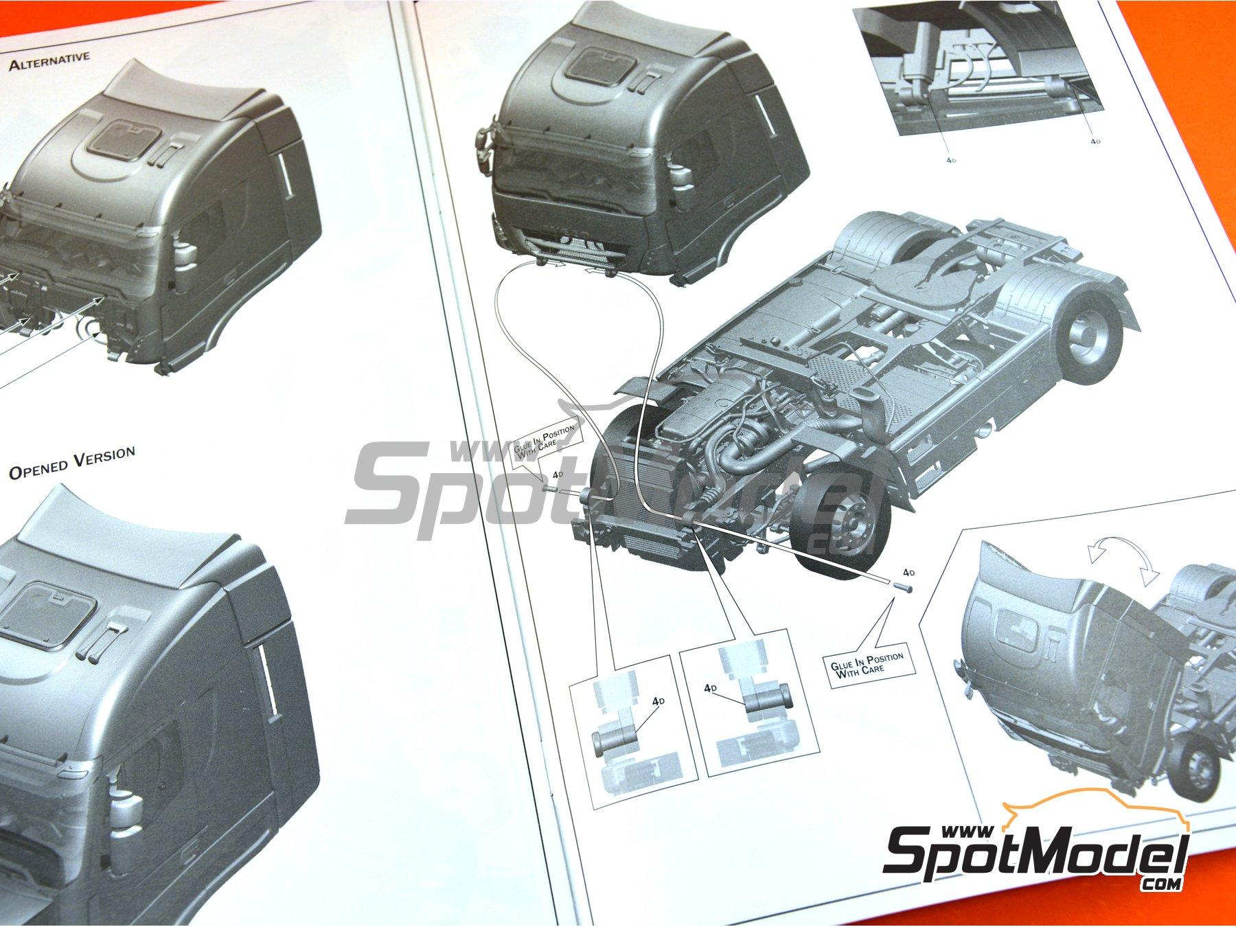 Image 29: Iveco Stralis 560 Hi-Way | Maqueta de camión en escala1/24 fabricado por Italeri (ref.3919)