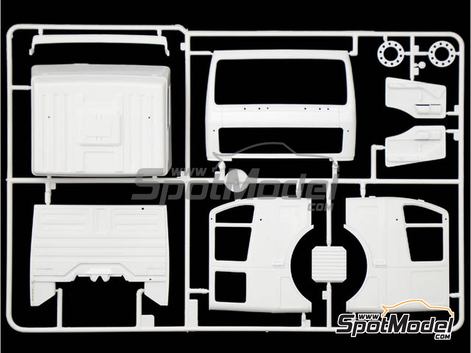 Image 3: Mercedes Benz SK Eurocab 6x4 | Model truck kit in 1/24 scale manufactured by Italeri (ref. 3924)