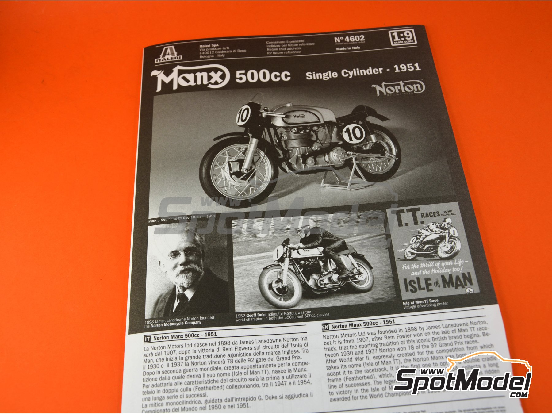 Image 2: Norton Manx 500cc - Motorcycle World Championship | Model bike kit in 1/9 scale manufactured by Italeri (ref. 4602)