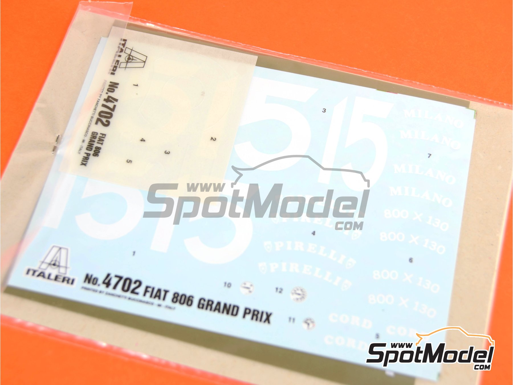 Image 1: Fiat 806 Grand Prix - Milano Grand Prix 1927 | Model car kit in 1/12 scale manufactured by Italeri (ref. 4702)