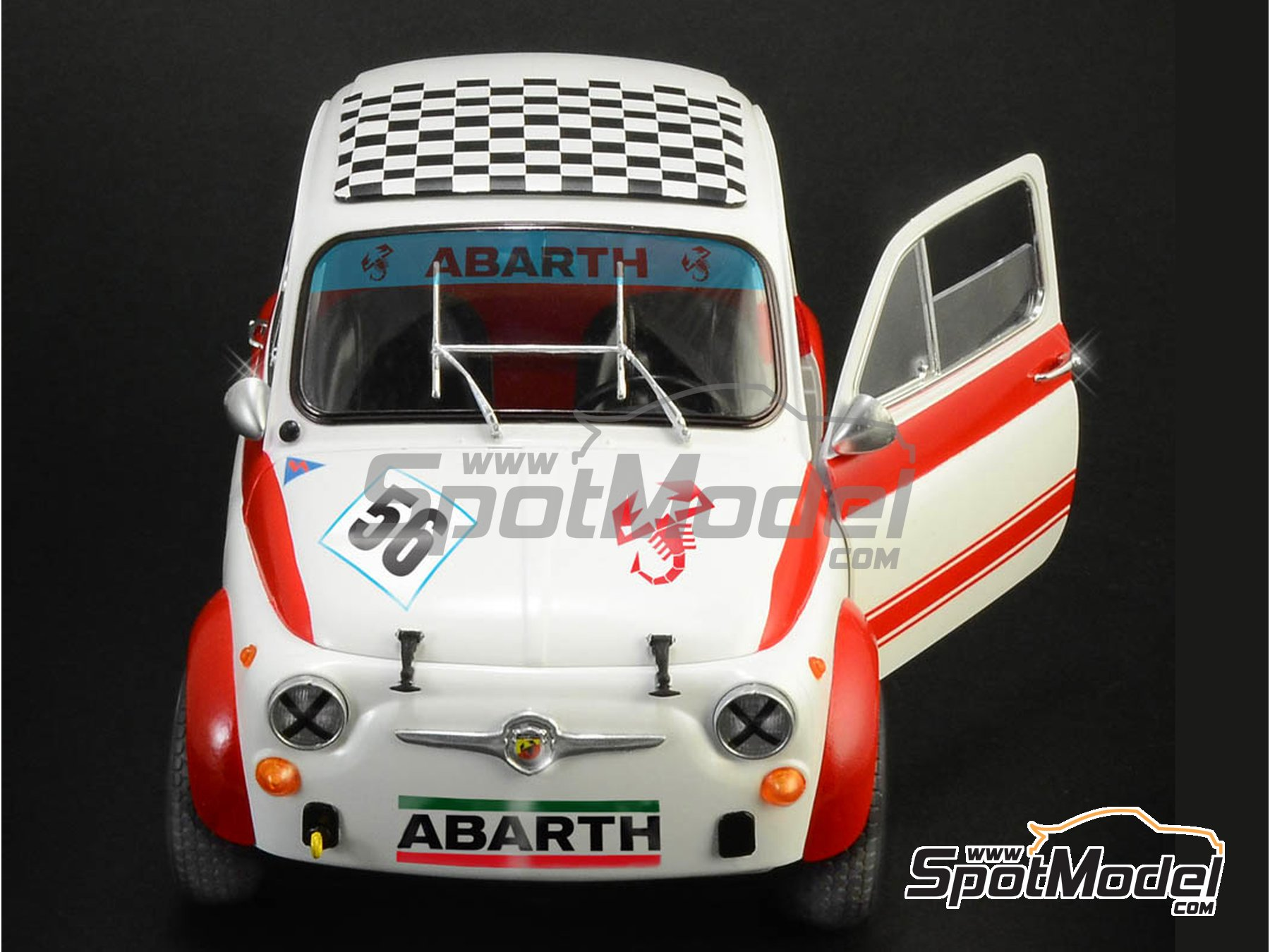 Image 3: Fiat Abarth 695 SS Assetto Corsa | Model car kit in 1/12 scale manufactured by Italeri (ref. 4705, also ITA4705 and IT4705)
