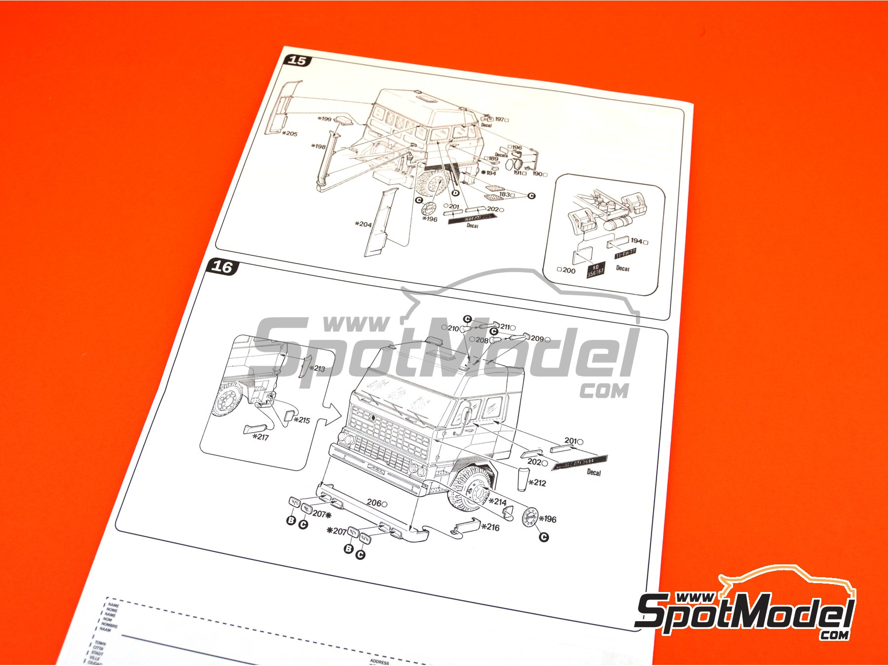 Image 9: DAF 3600 Space Cab | Model truck kit in 1/24 scale manufactured by Italeri (ref. 777)