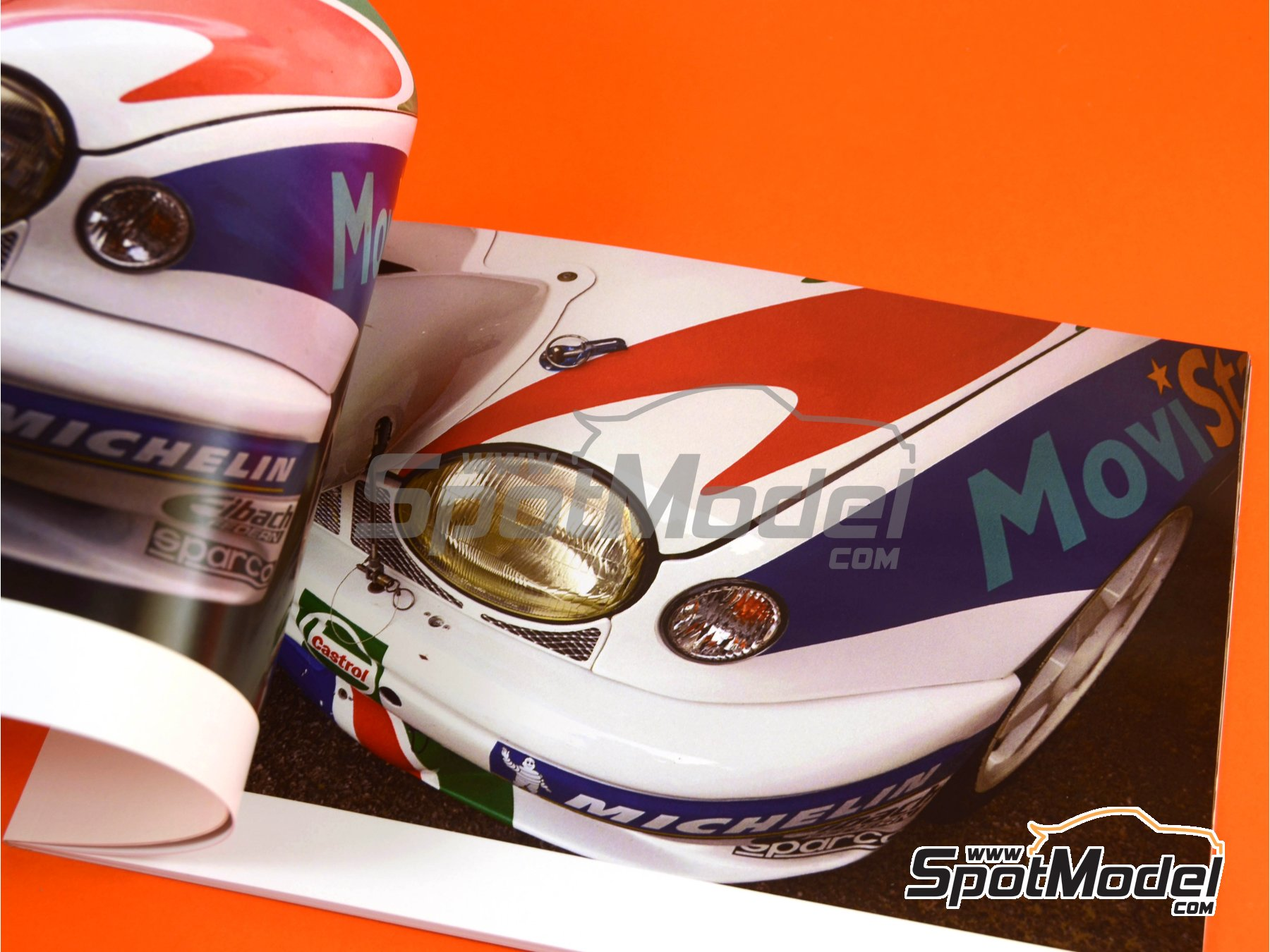 Image 5: Toyota Corolla WRC -  1997 | Reference / walkaround book manufactured by Komakai (ref. KOM-FG003)