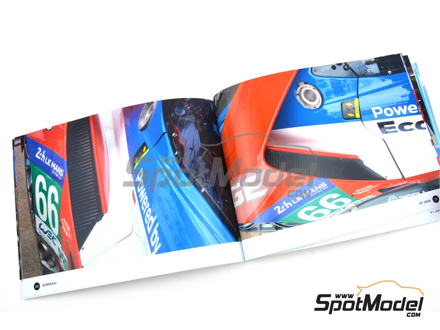 Image 3: Ford GT -  2016 | Reference / walkaround book manufactured by Komakai (ref.KOM-FG008)