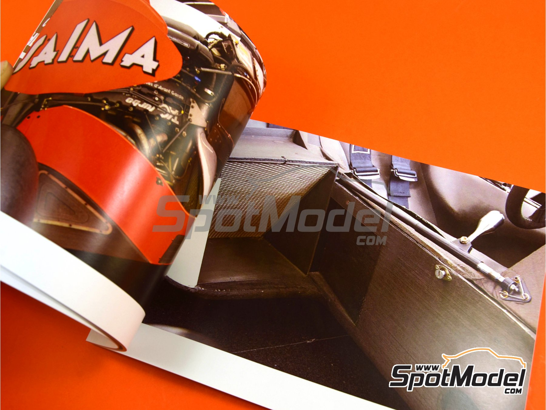 Image 3: McLaren TAG Porsche MP4/2 | Reference / walkaround book manufactured by Komakai (ref. KOM-UDG007)