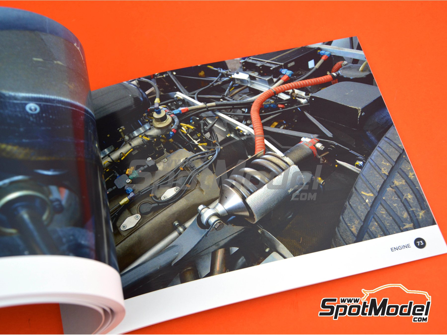 Image 6: Sauber Mercedes C9 -  1989 | Reference / walkaround book manufactured by Komakai (ref. KOM-UDG008)