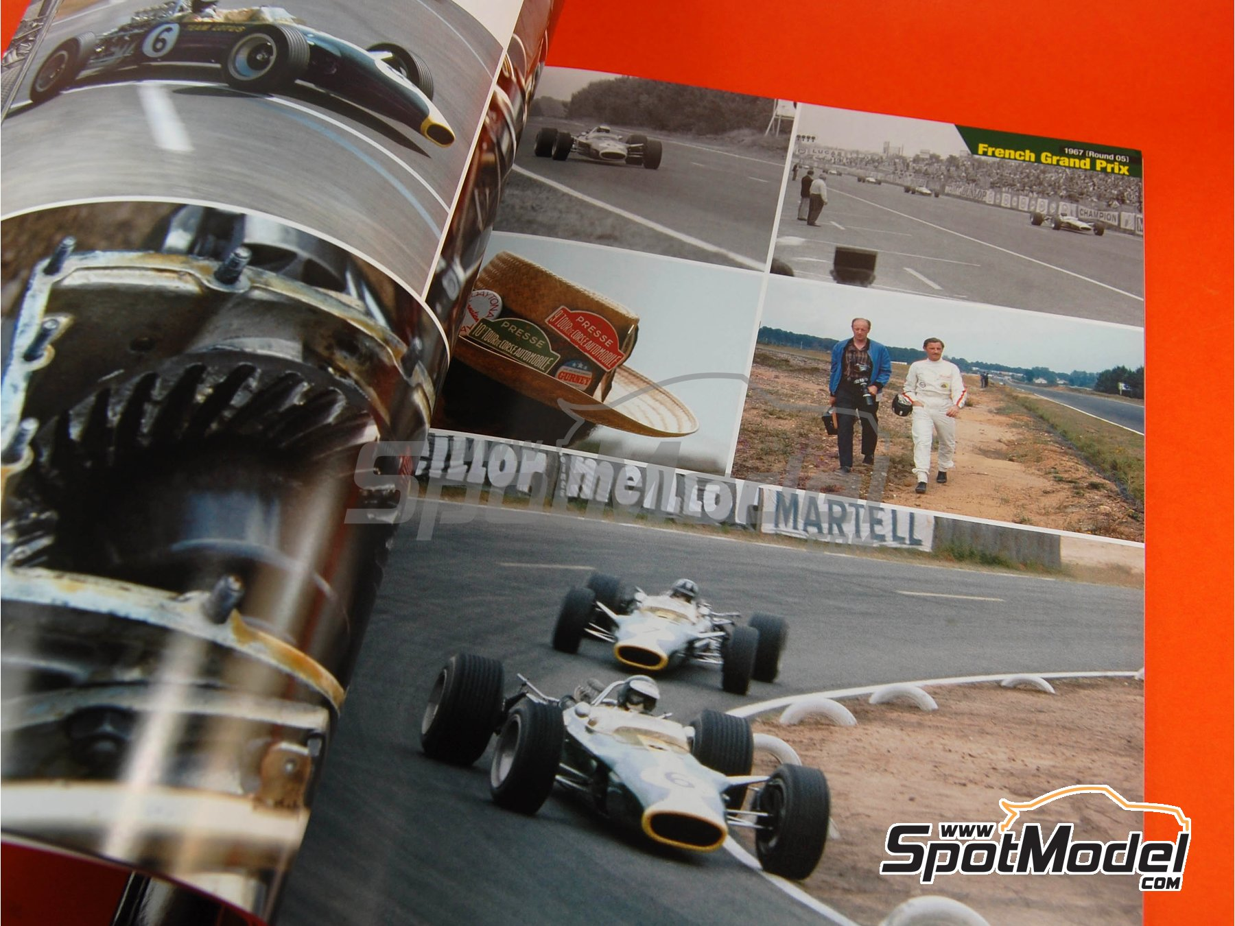 Image 6: JOE HONDA Racing Pictorial Series - Lotus 49 - Campeonato del Mundo de Formula1 1967 | Libro de referencia fabricado por Model Factory Hiro (ref.MFH-JH26)