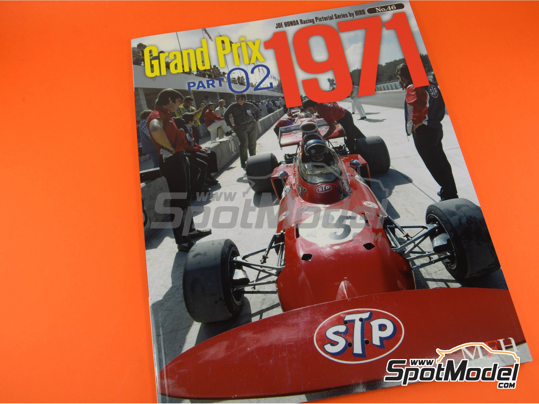 Image 1: Joe Honda Racing Pictorial Series: Grand Prix, parte 2 -  1971 | Libro de referencia fabricado por Model Factory Hiro (ref.MFH-JH46)