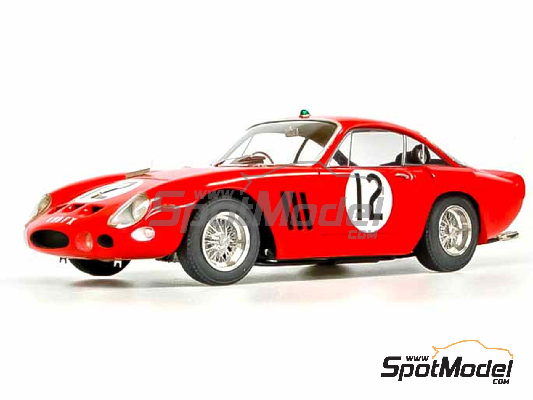Image 19: Ferrari 330LMB - 24 Hours Le Mans 1963 | Model car kit in 1/24 scale manufactured by Model Factory Hiro (ref. MFH-K292)