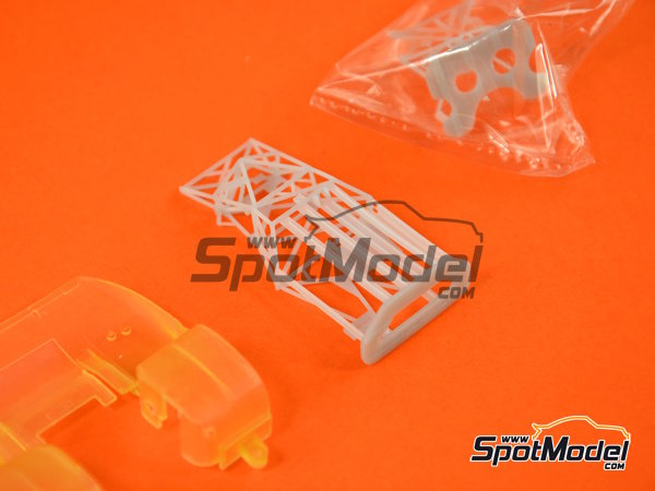 Image 7: Porsche 917 LH Gulf - 24 Hours Le Mans 1971 | Model car kit in 1/43 scale manufactured by Model Factory Hiro (ref.MFH-K349)