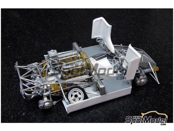 Image 5: Porsche 908/03 Gulf - Targa Florio 1970 | Maqueta de coche en escala1/24 fabricado por Model Factory Hiro (ref.MFH-K353, tambien K-353)