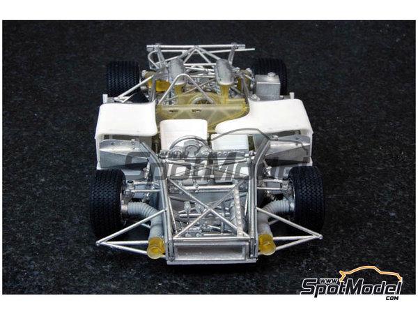 Image 4: Porsche 908/03 Gulf - Targa Florio 1970 | Maqueta de coche en escala1/24 fabricado por Model Factory Hiro (ref.MFH-K354, tambien K-354)