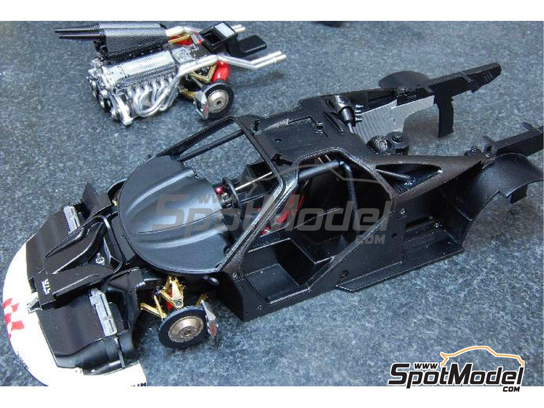 Image 3: McLaren F1 GTR  Long Tail Gulf Davidoff - 24 Horas de Le Mans 1997   Maqueta de coche en escala1/24 fabricado por Model Factory Hiro (ref.MFH-K376, tambien K-376)