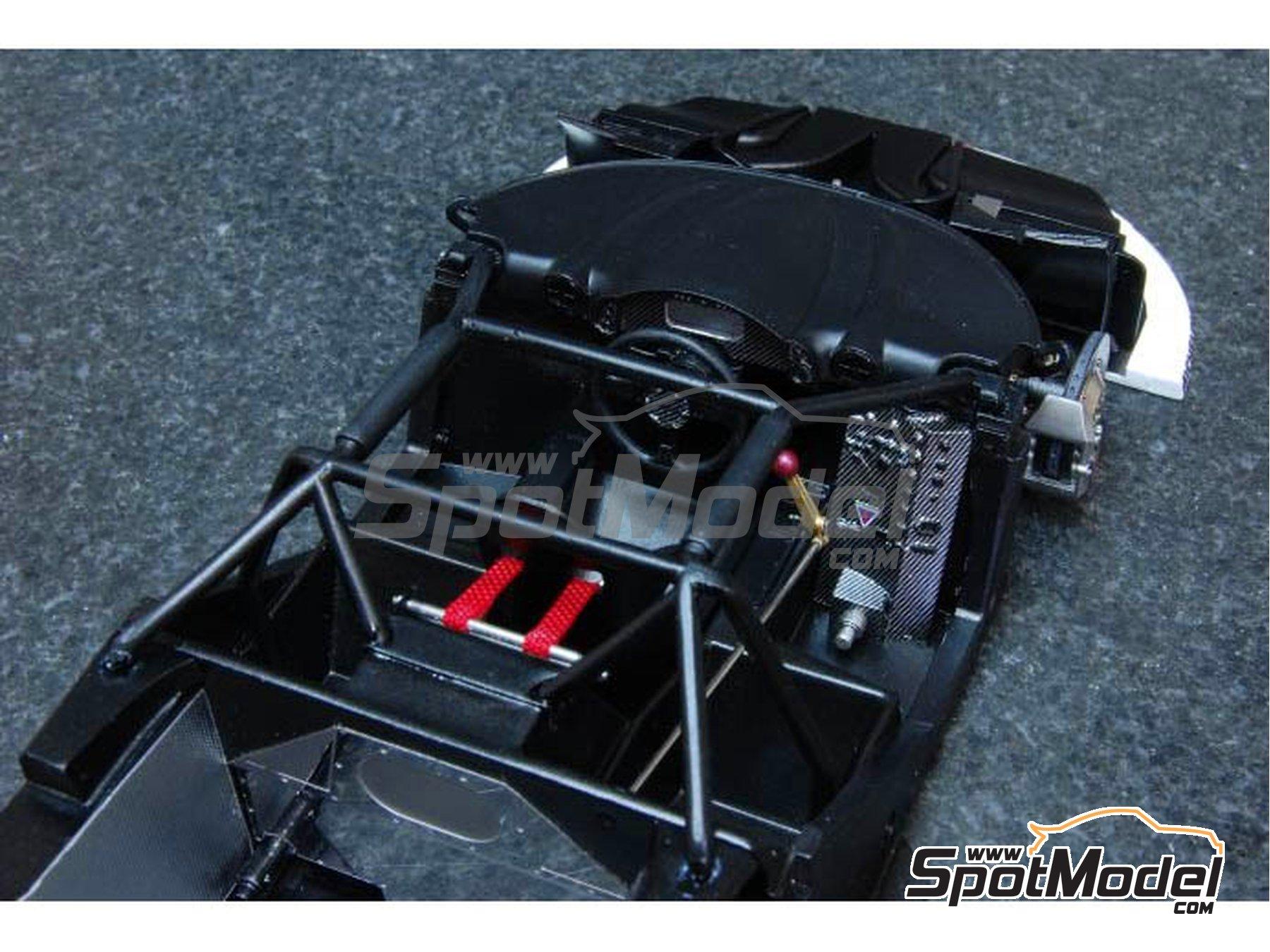 Image 4: McLaren F1 GTR  Long Tail Gulf Davidoff - 24 Horas de Le Mans 1997   Maqueta de coche en escala1/24 fabricado por Model Factory Hiro (ref.MFH-K376, tambien K-376)