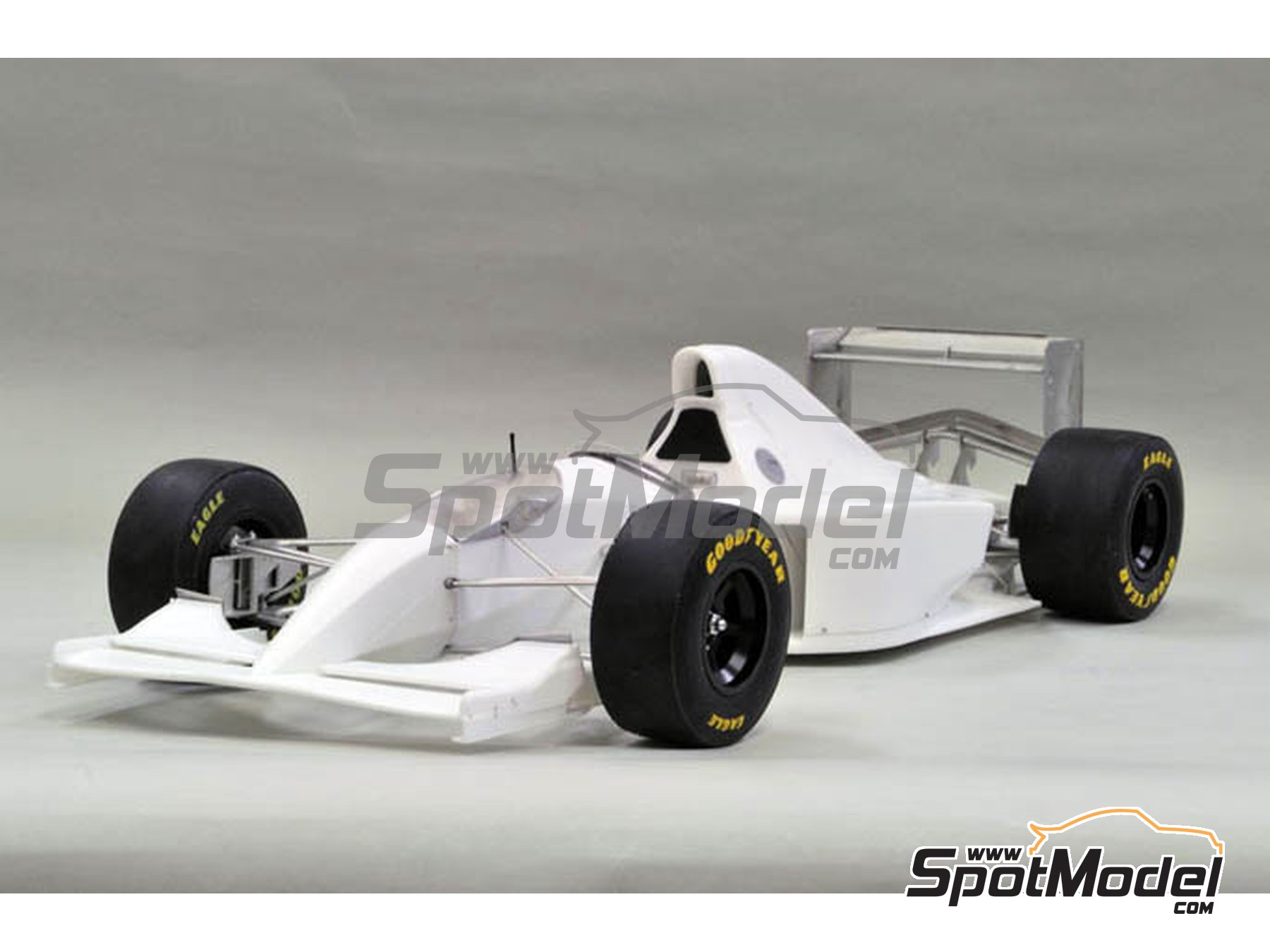 Image 1: Williams Renault FW16 Rothmans - Pacific Formula 1 Grand Prix 1994 | Model car kit in 1/12 scale manufactured by Model Factory Hiro (ref.MFH-K496, also K-496)