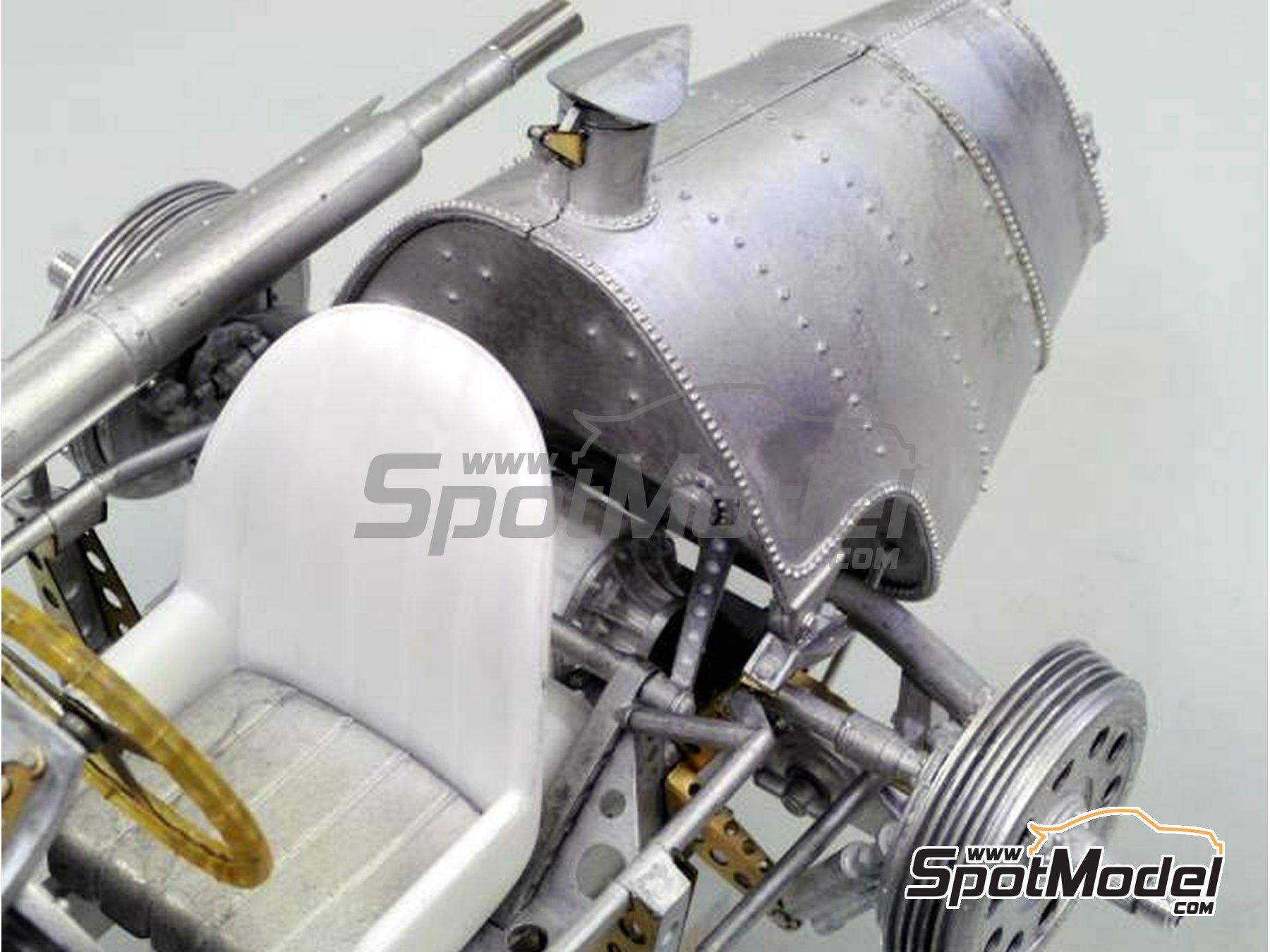 Image 9: Alfa Romeo 158 Alfetta - French Formula 1 Grand Prix, British Formula 1 Grand Prix, Italian Formula 1 Grand Prix 1950 | Model car kit in 1/12 scale manufactured by Model Factory Hiro (ref.MFH-K519, also K-519)