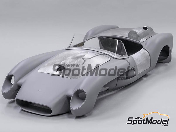 Image 2: Ferrari 250TR - 24 Hours Le Mans 1958 | Model car kit in 1/12 scale manufactured by Model Factory Hiro (ref. MFH-K548)