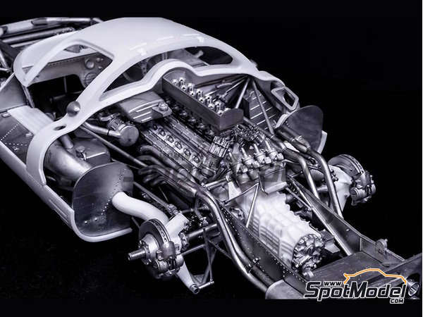 Image 4: Ferrari 412P - 24 Horas de Le Mans, 1000 Kms de SPA | Maqueta de coche en escala1/12 fabricado por Model Factory Hiro (ref.MFH-K562)