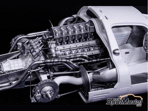Image 5: Ferrari 412P - 24 Horas de Le Mans, 1000 Kms de SPA | Maqueta de coche en escala1/12 fabricado por Model Factory Hiro (ref.MFH-K562)