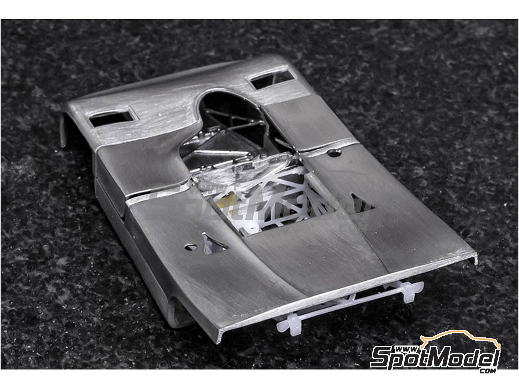 Image 8: Porsche 908/3 - Targa Florio 1970 | Model car kit in 1/43 scale manufactured by Model Factory Hiro (ref. MFH-K571)
