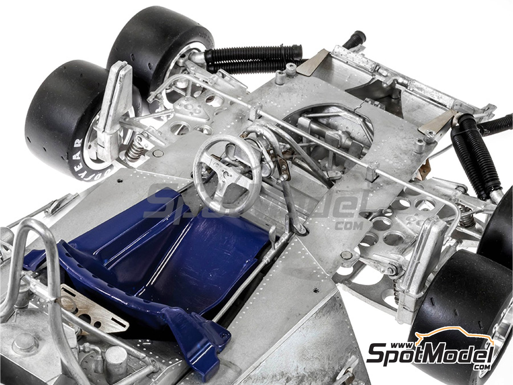 Image 4: Tyrrell Ford P34 ELF - Canadian Grand Prix, USA Grand Prix 1977 | Model kit in 1/12 scale manufactured by Model Factory Hiro (ref.MFH-K600)
