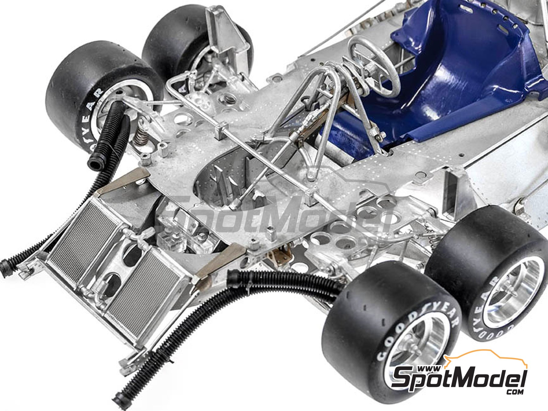 Image 9: Tyrrell Ford P34 ELF - Canadian Grand Prix, USA Grand Prix 1977 | Model kit in 1/12 scale manufactured by Model Factory Hiro (ref.MFH-K600)