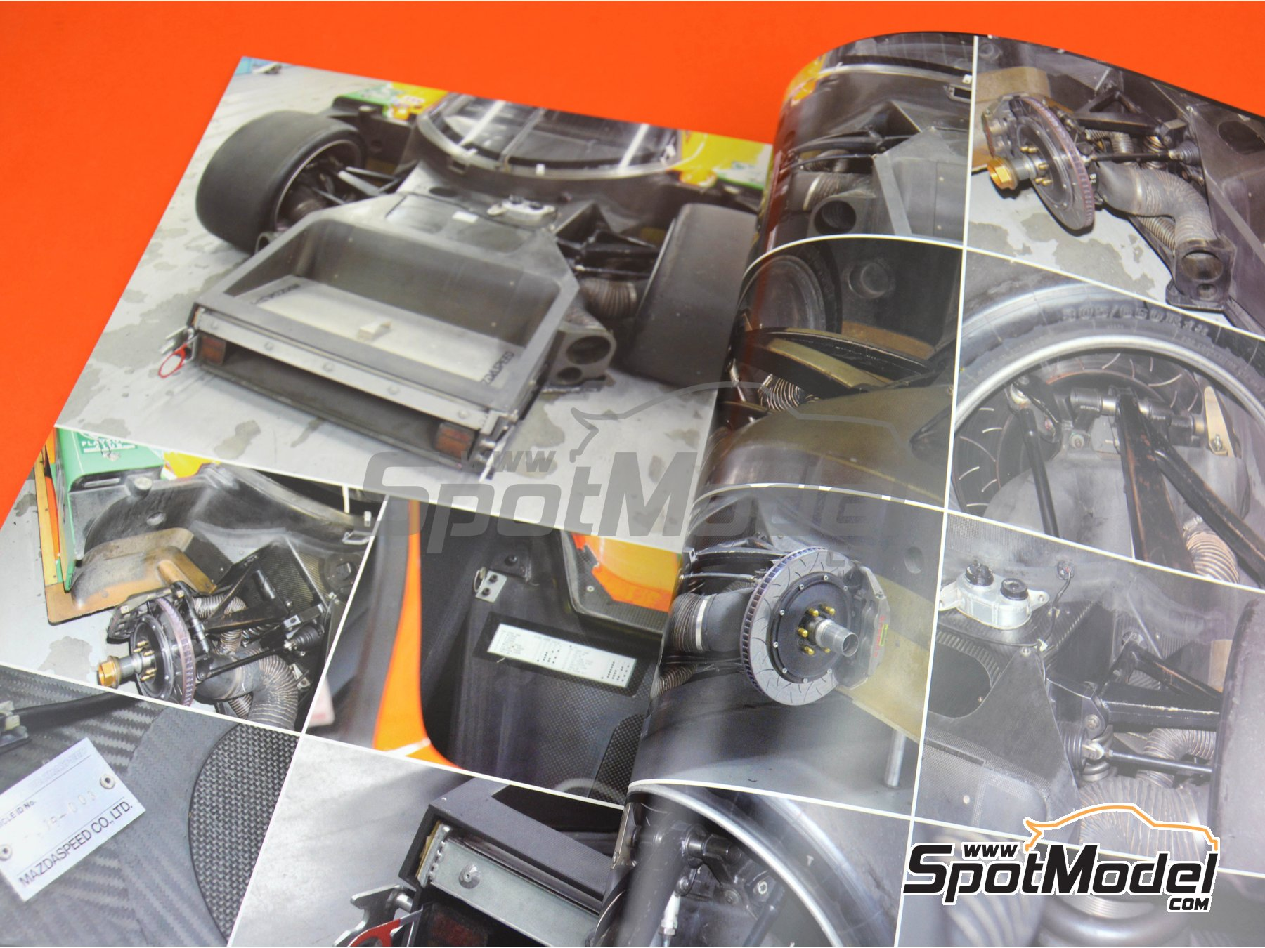 Image 4: Mazda 787B | Reference / walkaround book manufactured by Model Factory Hiro (ref. MFH-MHB-6)