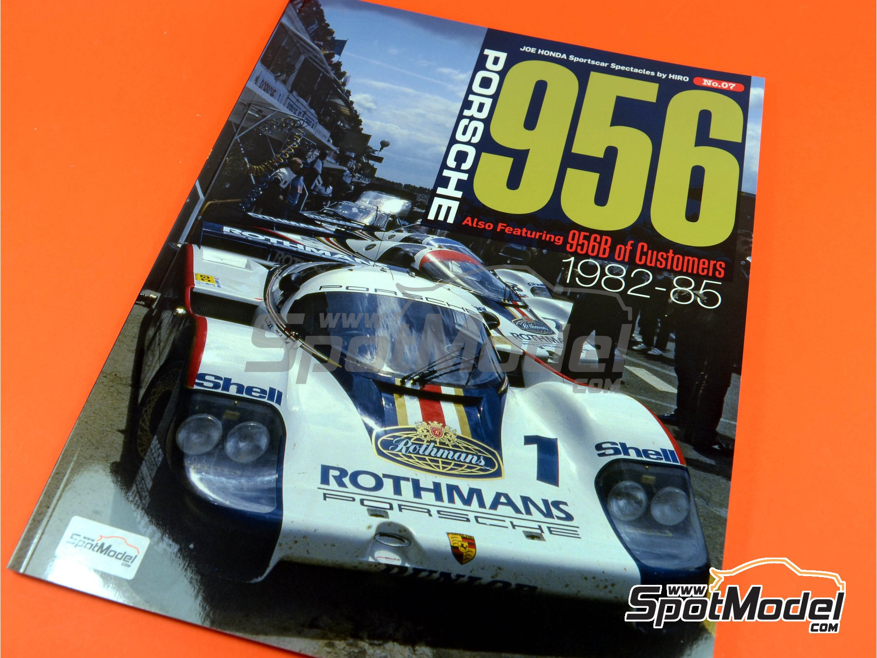 Image 1: Joe Honda Sportscar Spectacles - Porsche 956 - 24 Horas de Le Mans, 1000 Kilómetros de Suzuka, 6 Horas de Silverstone, 6 Horas de Fuji 1982, 1983, 1984, 1985 y 1985 | Libro de referencia fabricado por Model Factory Hiro (ref.MFH-SS007)