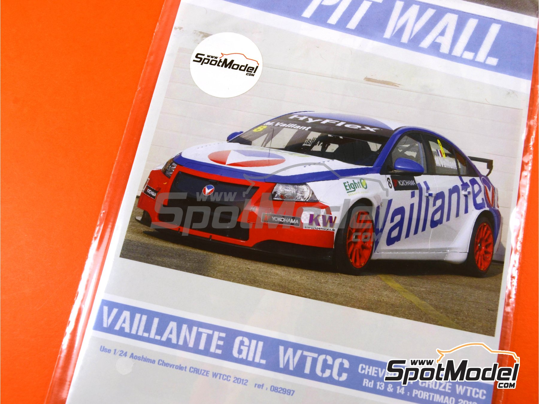 Image 4: Chevrolet Cruze 1.6T Vaillante Gil - World Touring Car Championship (WTCC) 2012 | Marking / livery in 1/24 scale manufactured by Pit Wall (ref. 24D-012)