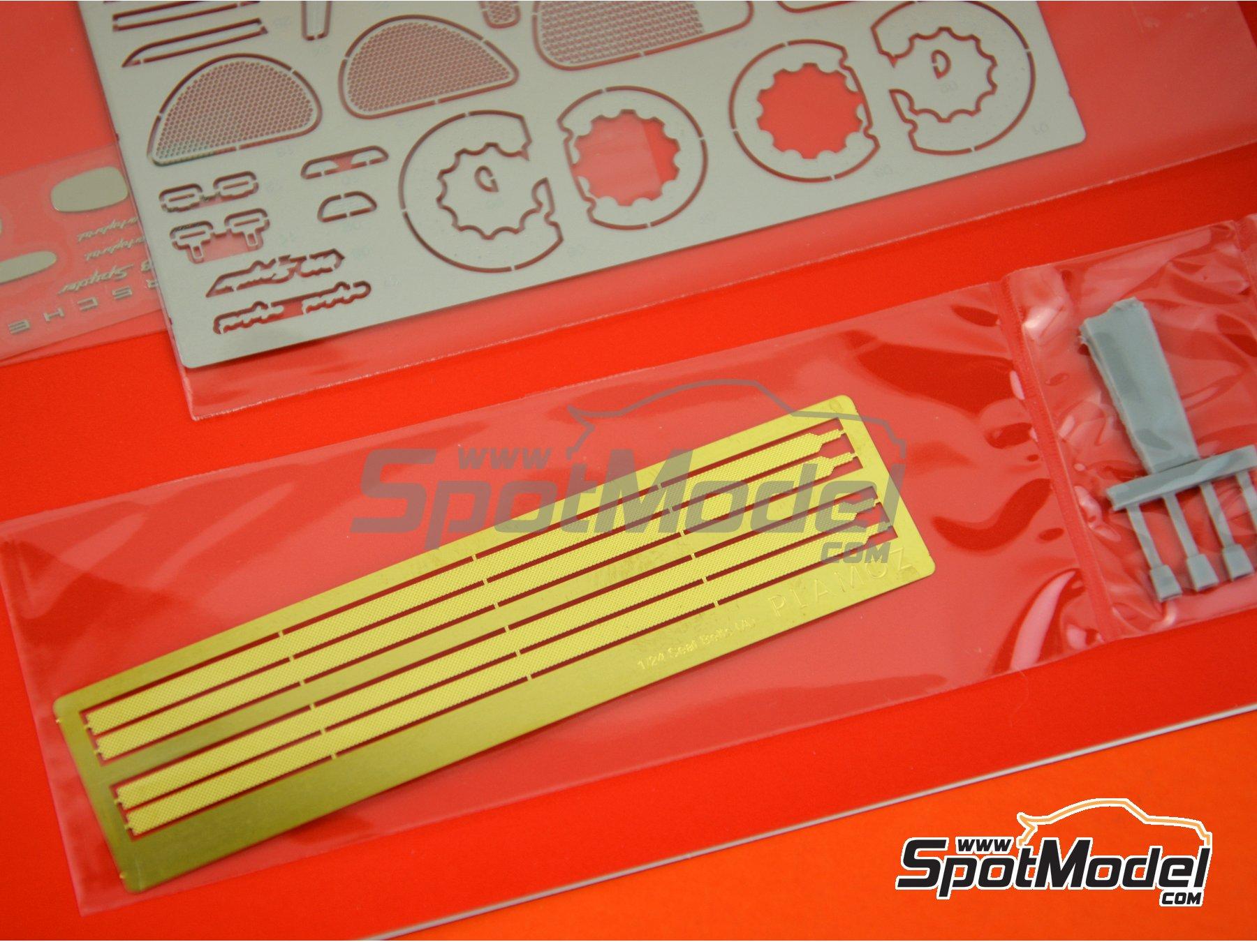 Image 7: Porsche 918 Spyder | Detail up set in 1/24 scale manufactured by Plamoz (ref.PL-E24001)