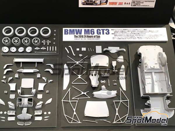 Image 3: BMW M6 GT3 - 24 Hours SPA Francorchamps 2016 | Model car kit in 1/24 scale manufactured by Platz (ref. PN24001)