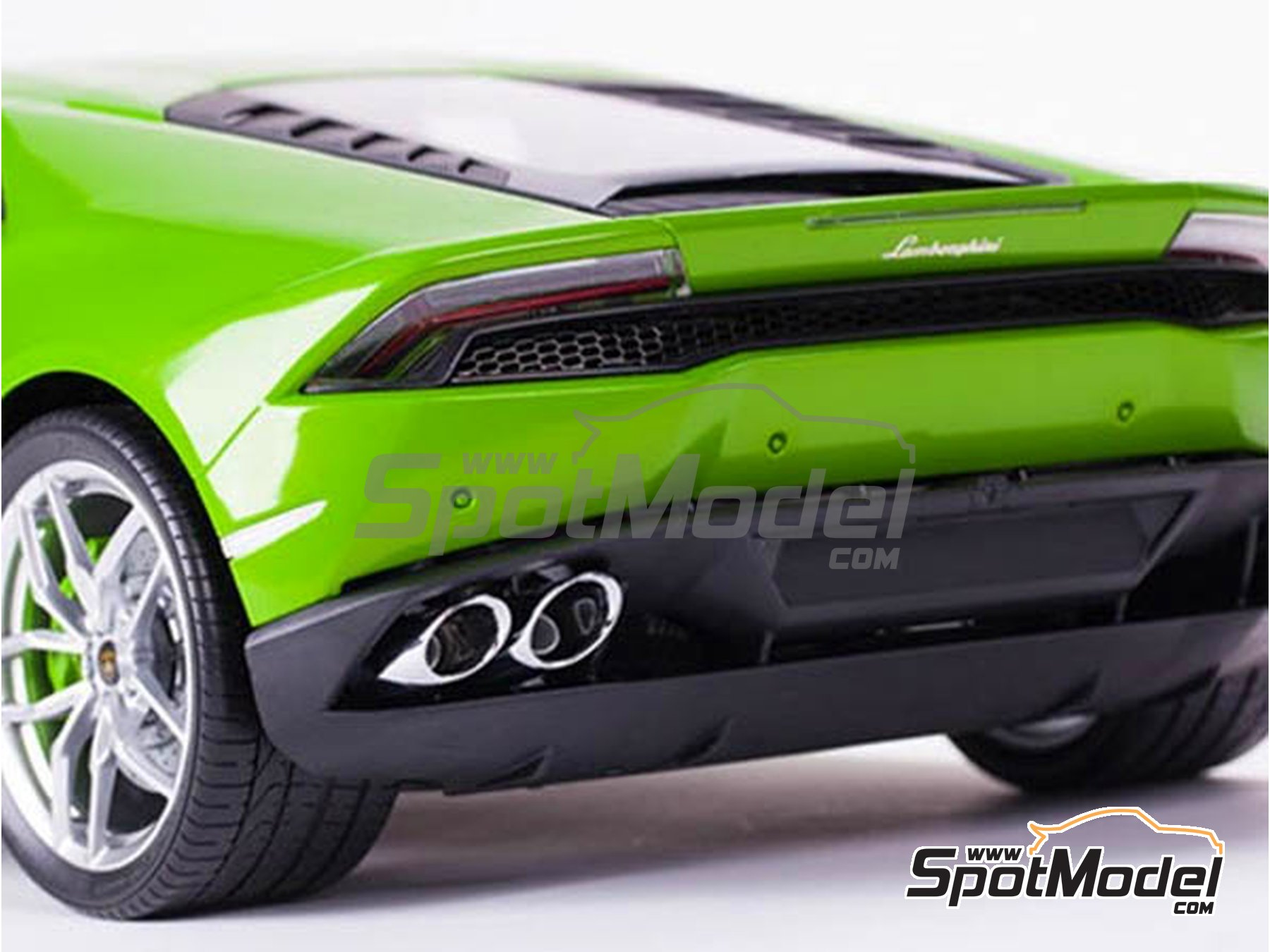Image 1: Lamborghini Huracan LP 610-4 | Model car kit in 1/8 scale manufactured by Pocher (ref. HK109)
