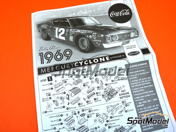 Image 10: Mercury Cyclone Spoiler II Coca Cola - Nascar - National Association for Stock Car Auto Racing 1969 | Model car kit in 1/25 scale manufactured by Polar Lights (ref. POL948, also 948 and 948/12)