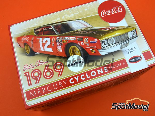 Image 13: Mercury Cyclone Spoiler II Coca Cola - Nascar - National Association for Stock Car Auto Racing 1969 | Model car kit in 1/25 scale manufactured by Polar Lights (ref. POL948, also 948 and 948/12)