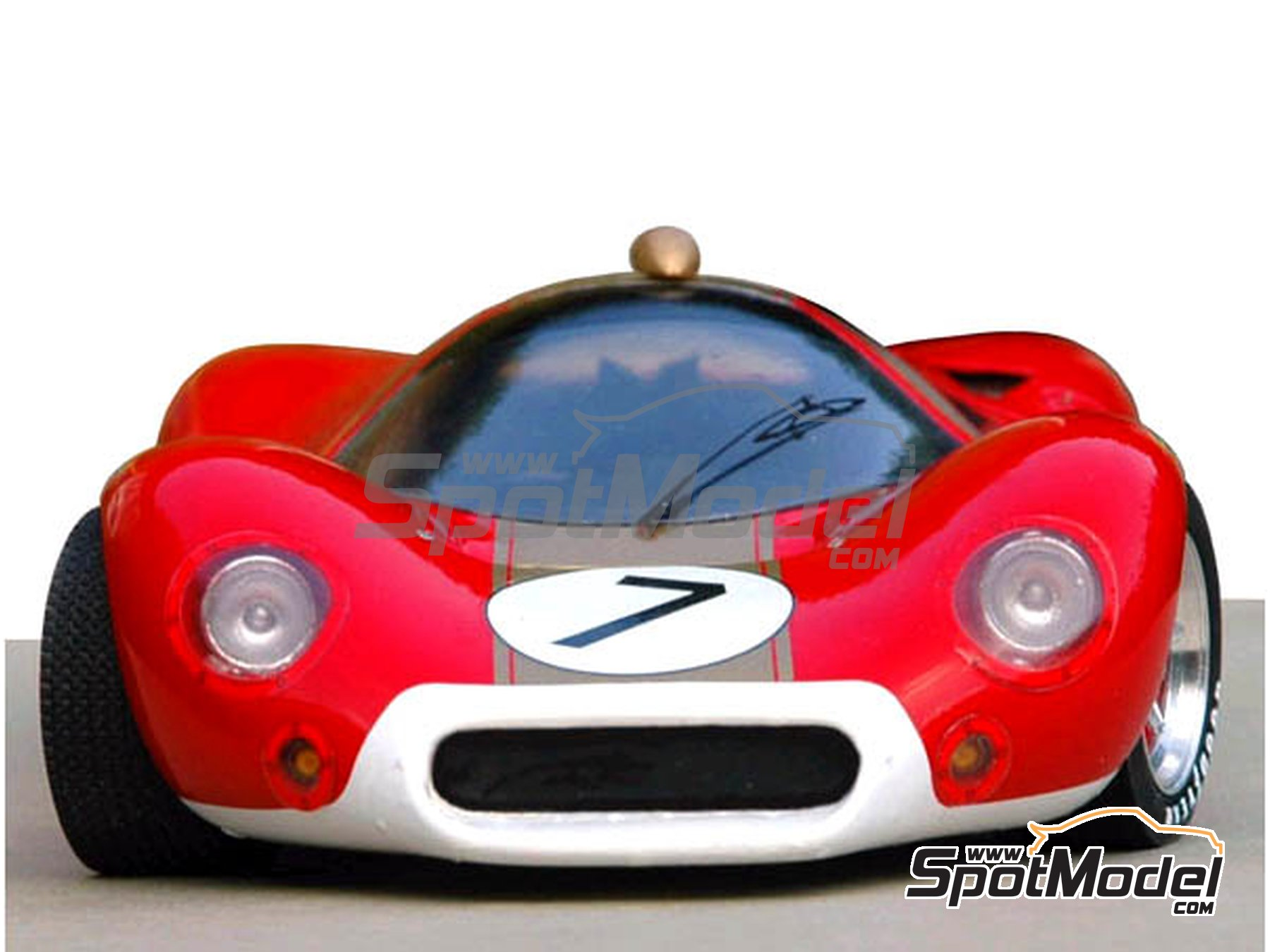 Image 6: Ford P68 Alan Mann - 1000 Kms Nürburgring 1968   Model car kit in 1/24 scale manufactured by Profil24 (ref.P24046)