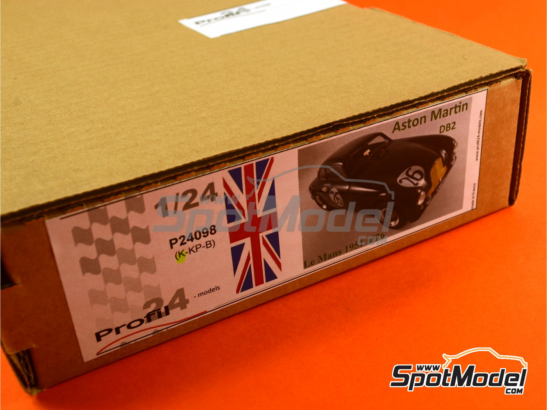 Image 23: Aston Martin DB2 - 24 Hours Le Mans | Model car kit in 1/24 scale manufactured by Profil24 (ref.P24098)