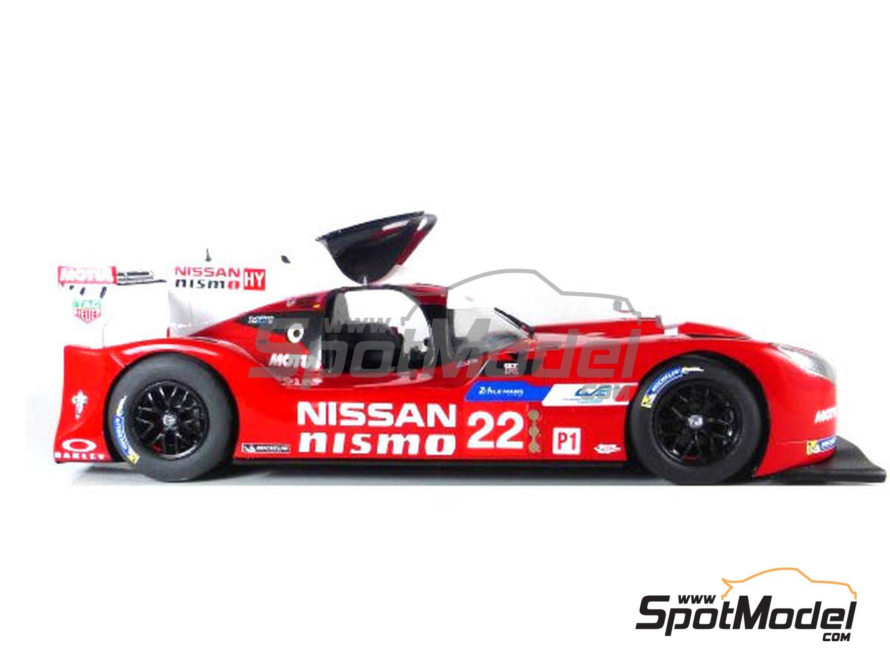 Image 2: Nissan GT-R LM Nismo Nismo - 24 Horas de Le Mans 2015 | Maqueta de coche en escala1/24 fabricado por Profil24 (ref.P24100)