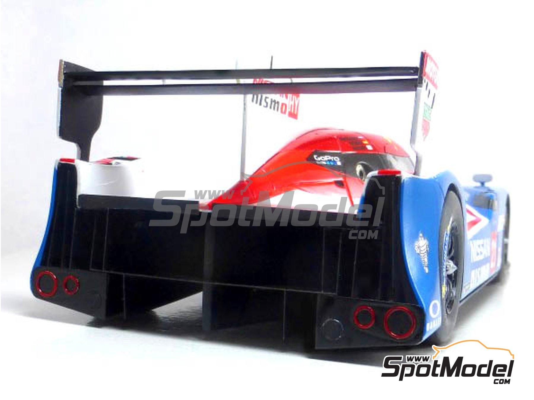 Image 9: Nissan GT-R LM Nismo Nismo - 24 Horas de Le Mans 2015 | Maqueta de coche en escala1/24 fabricado por Profil24 (ref.P24100)