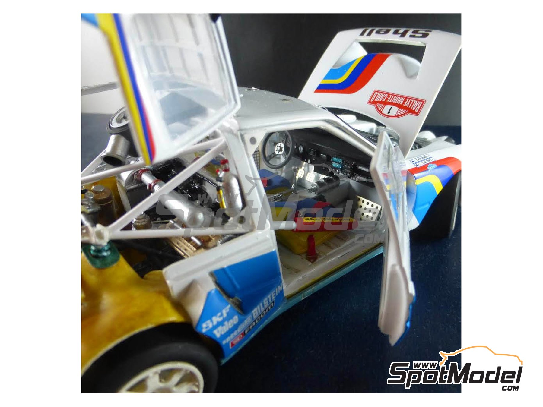 Image 13: Peugeot 205 Turbo 16 Evo 2 - Montecarlo Rally 1986 | Model car kit in 1/24 scale manufactured by Profil24 (ref. P24101)