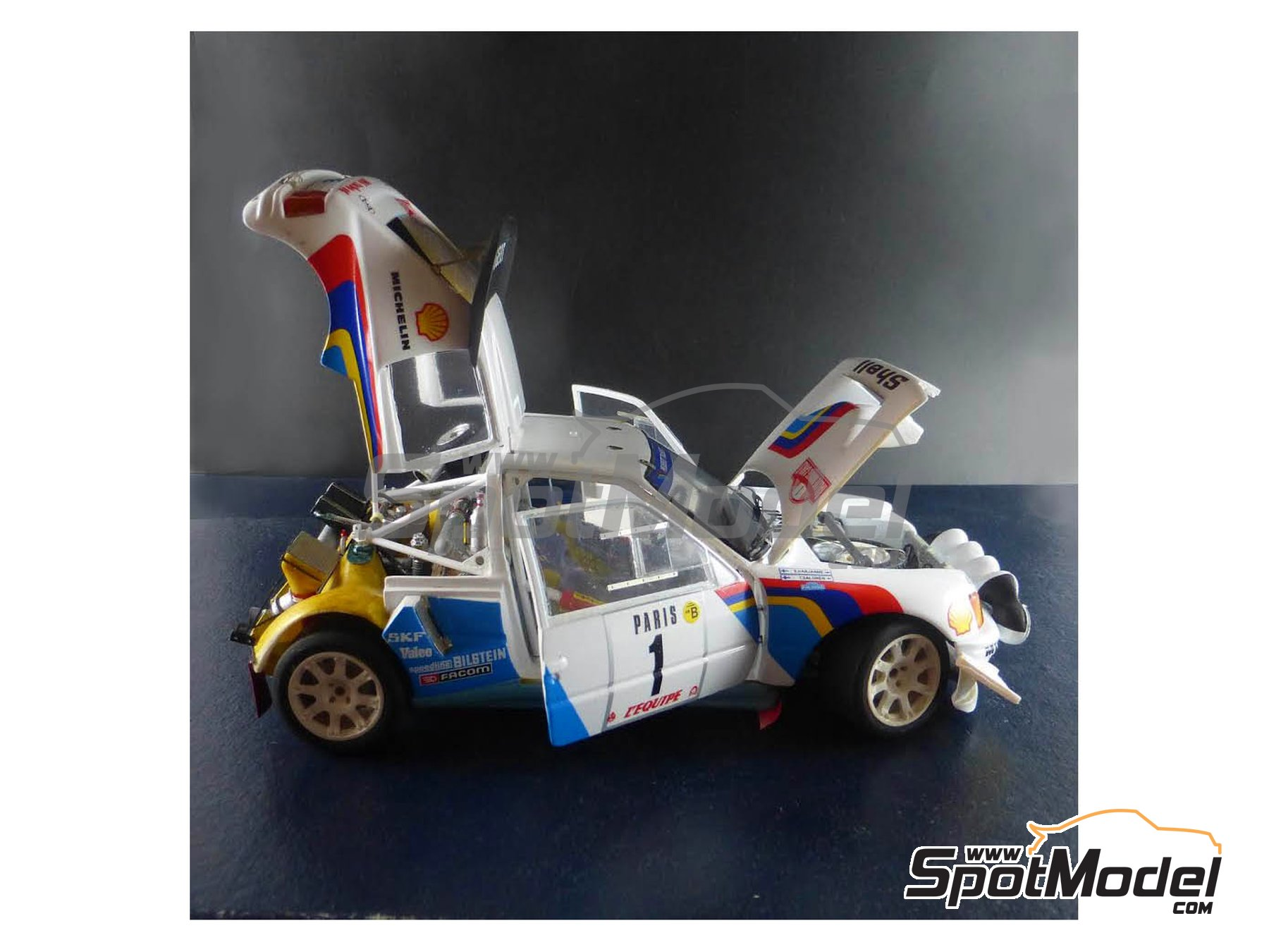 Image 15: Peugeot 205 Turbo 16 Evo 2 - Montecarlo Rally 1986 | Model car kit in 1/24 scale manufactured by Profil24 (ref. P24101)