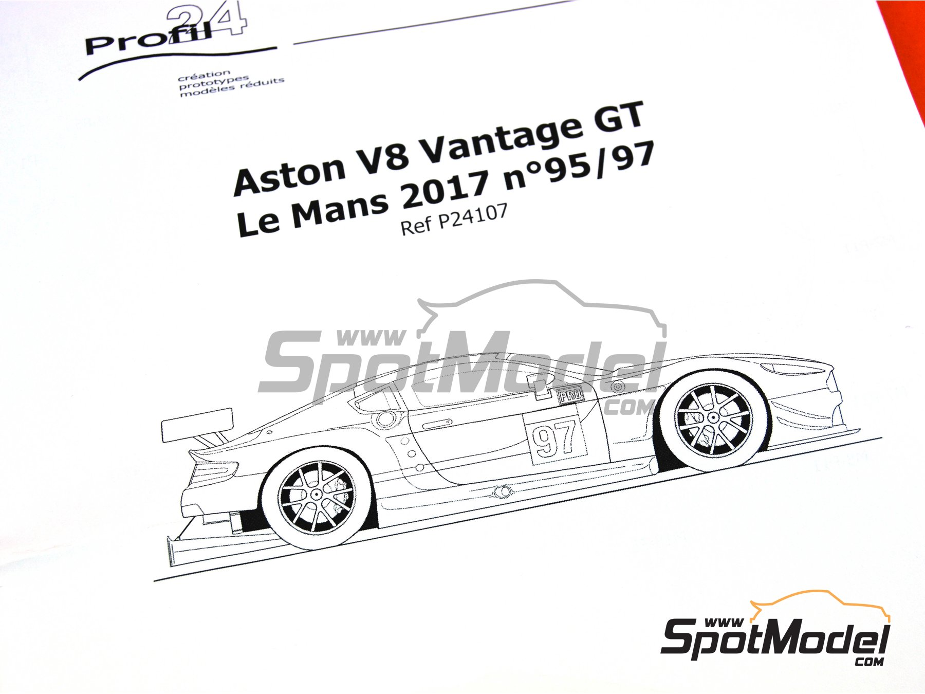 Image 11: Aston Martin V8 Vantage GTE Aston Martin Racing - 24 Hours Le Mans 2017 | Model car kit in 1/24 scale manufactured by Profil24 (ref.P24107)