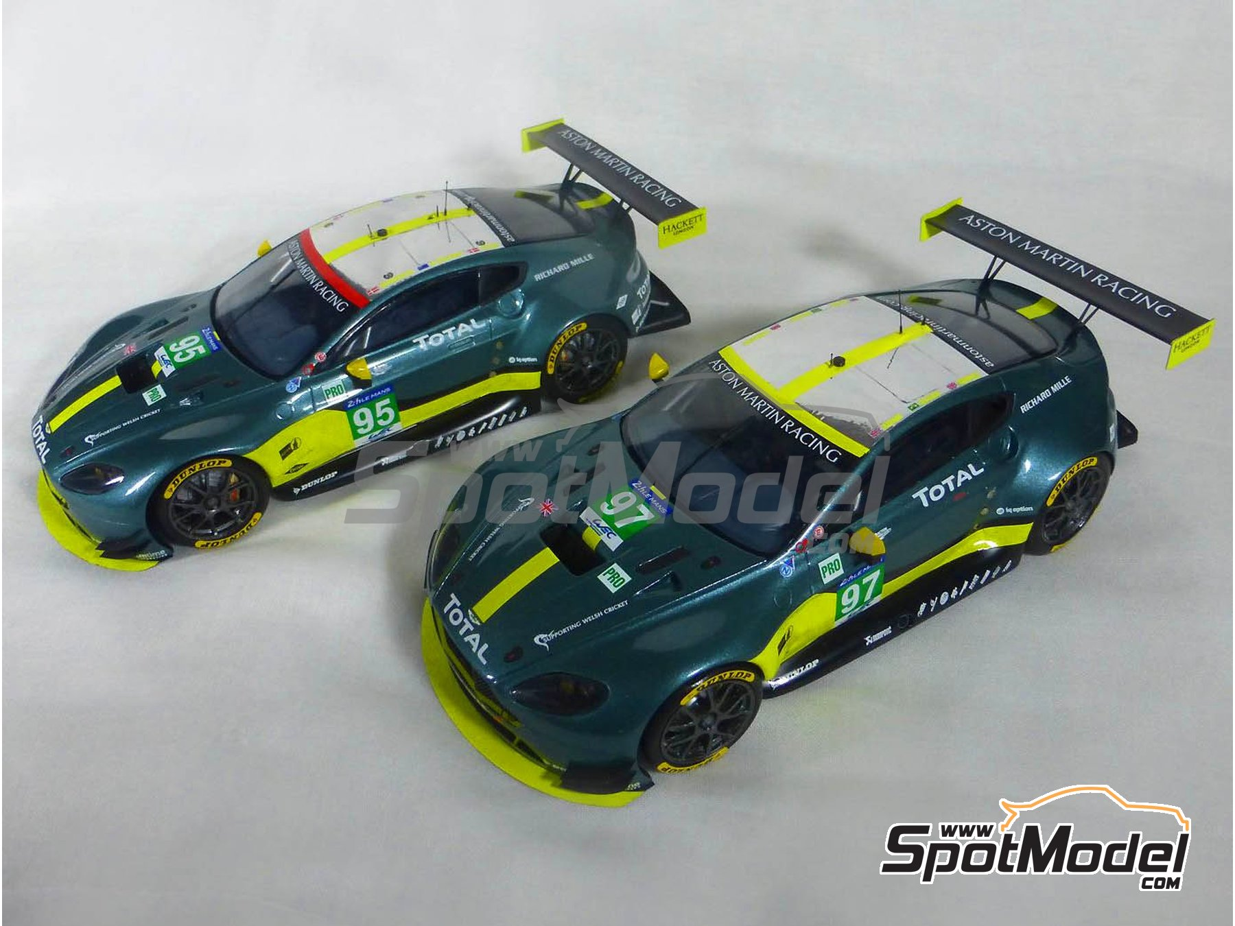 Image 17: Aston Martin V8 Vantage GTE Aston Martin Racing - 24 Hours Le Mans 2017 | Model car kit in 1/24 scale manufactured by Profil24 (ref.P24107)
