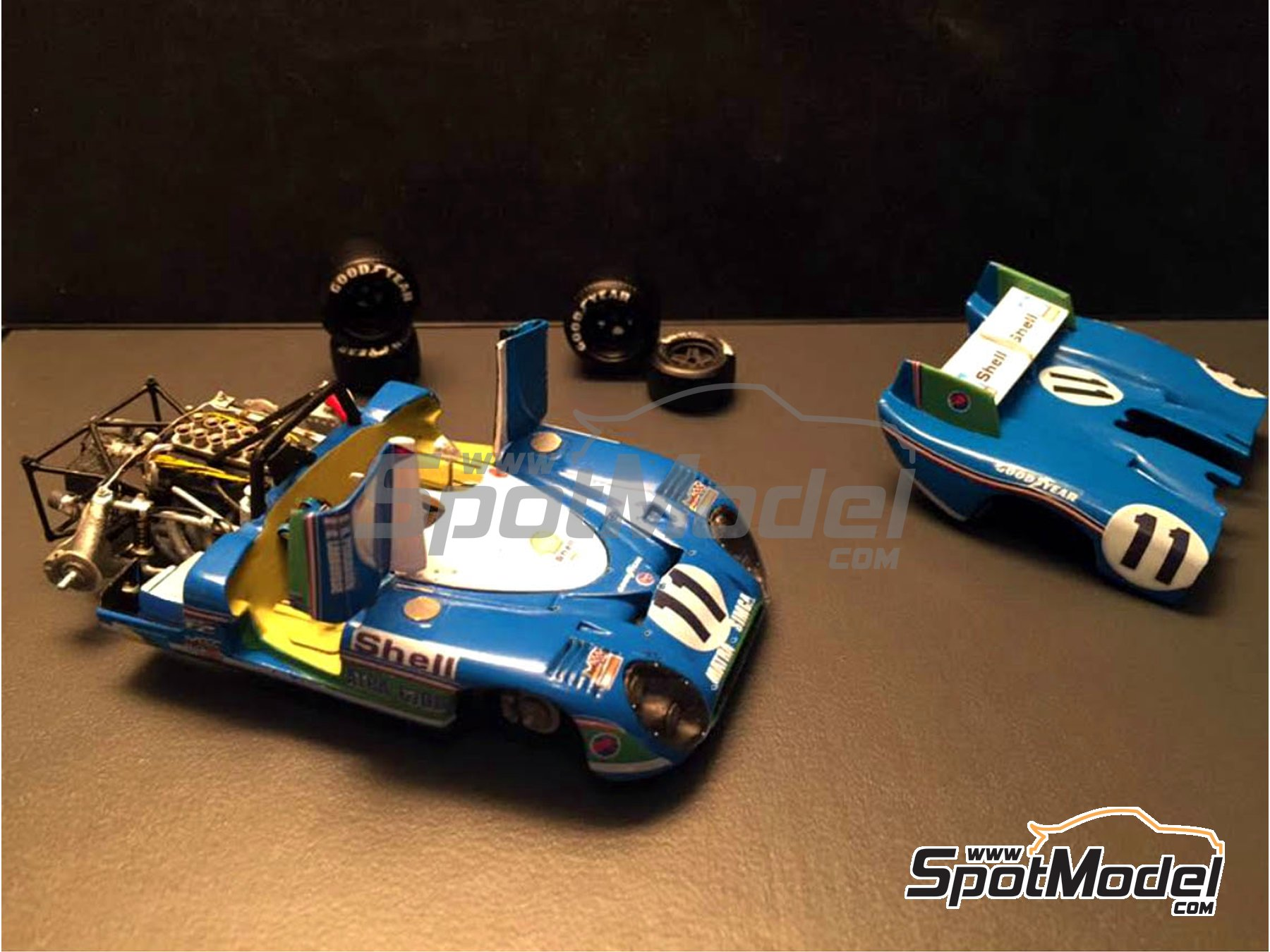 Image 2: Matra-Simca MS670 Shell - 24 Hours Le Mans 1973 | Model car kit in 1/43 scale manufactured by Profil24 (ref. P4313K)