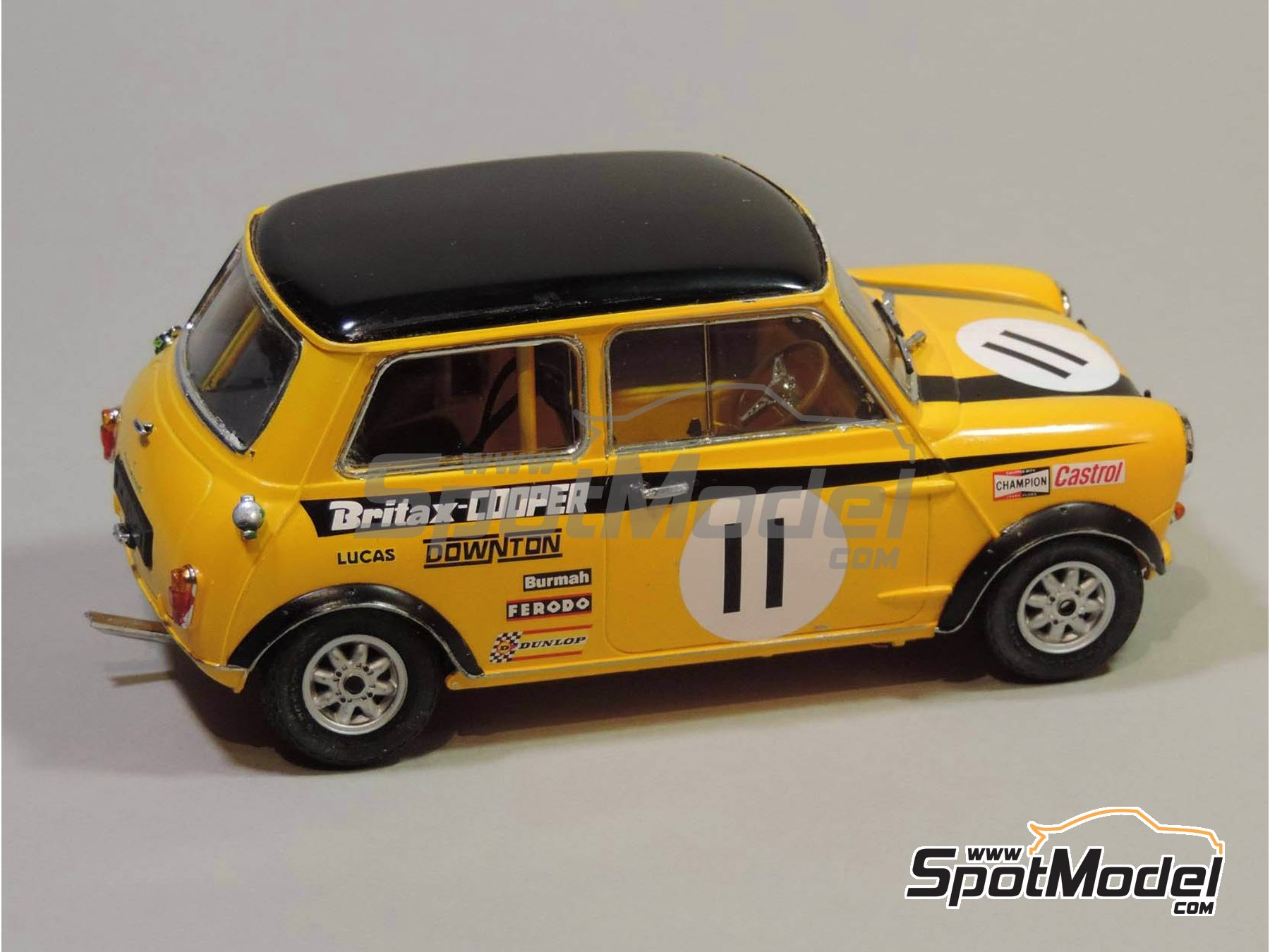Image 6: Mini Cooper - Safari Rally, British Touring Car Championship (BTCC) 1967 and 1969 | Marking / livery in 1/24 scale manufactured by Quartet (ref. D-16)