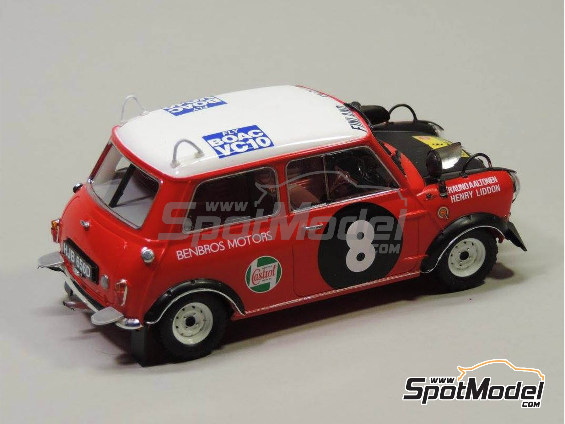 Image 7: Mini Cooper - Safari Rally, British Touring Car Championship (BTCC) 1967 and 1969 | Marking / livery in 1/24 scale manufactured by Quartet (ref. D-16)